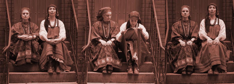 Sibirische Tracht und Sarafan